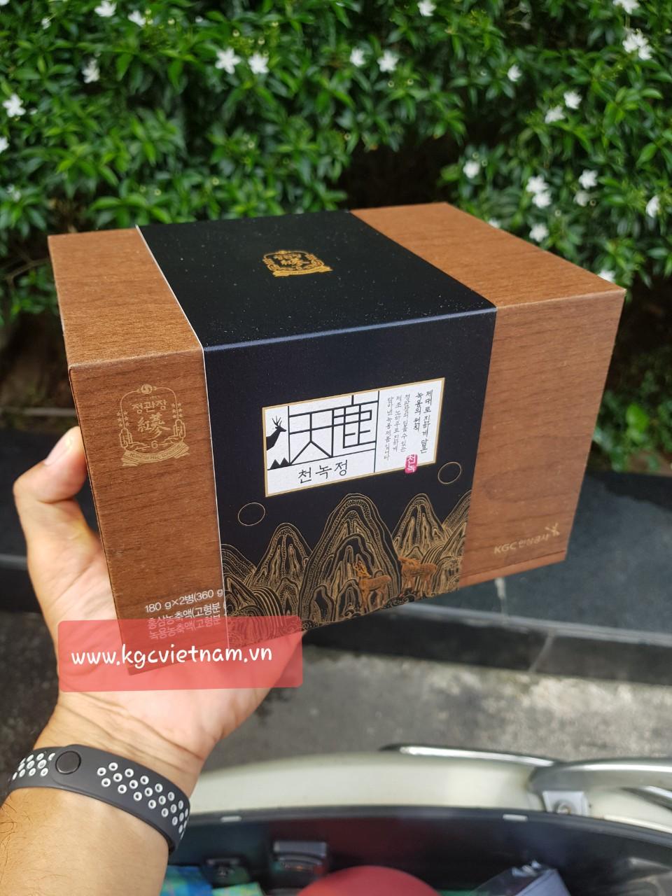 Cao hồng sâm nhung hươu KGC - Cheong Kwan Jang 180g x 2 lọ
